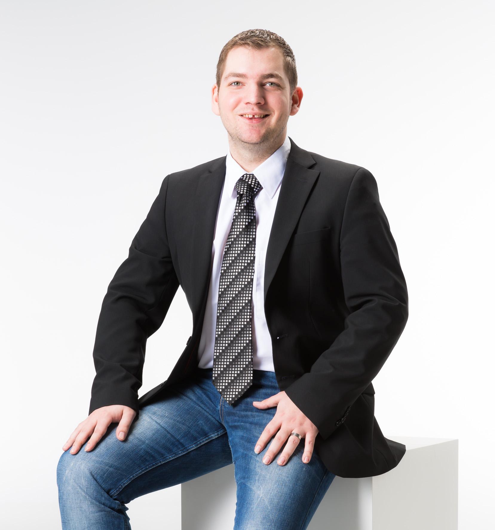 Hansjörg Holzweber vom Versicherungsmakler, Vorsorgespezialist und Kreditmakler B-Quadrat aus Dornbirn (Vorarlberg) stellt sich vor.